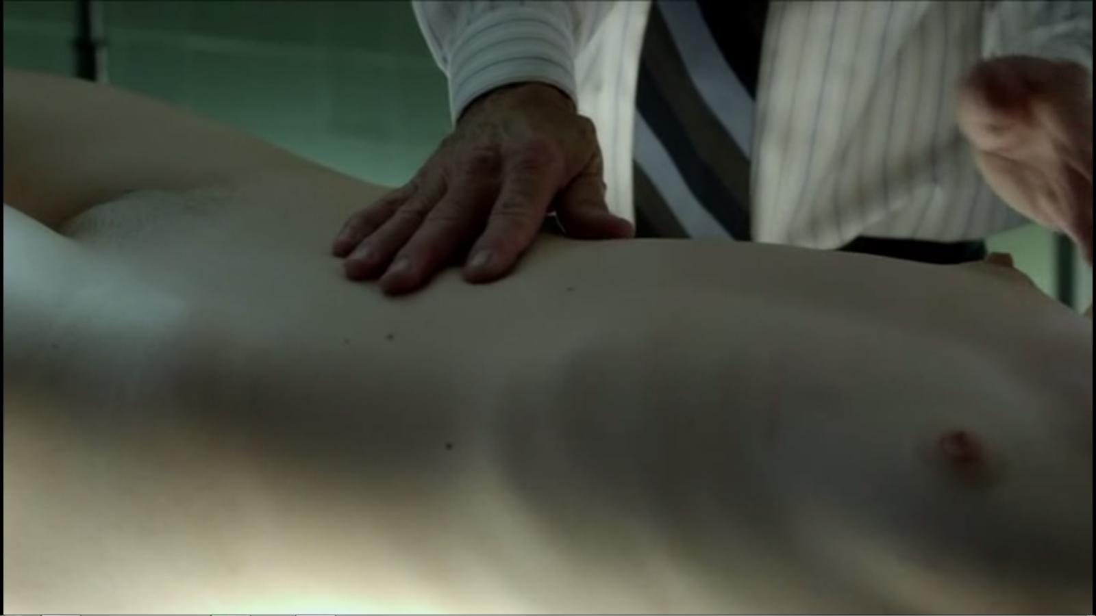 Lily Collins Femme Fatales (11) | pimpandhost.com