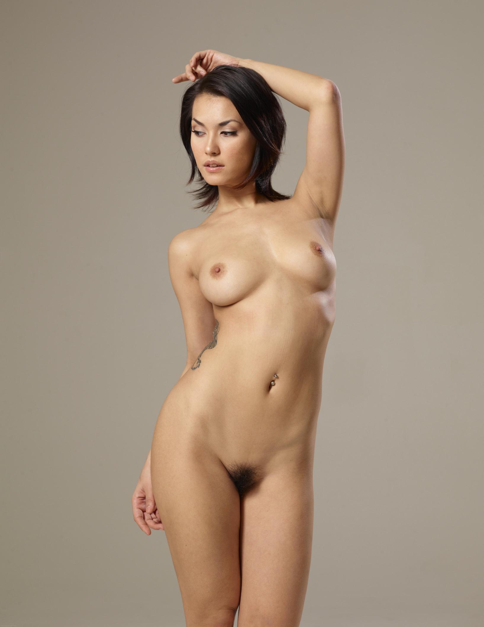 Maria Ozawa (Nudes-Board) - Shots - Poringa!