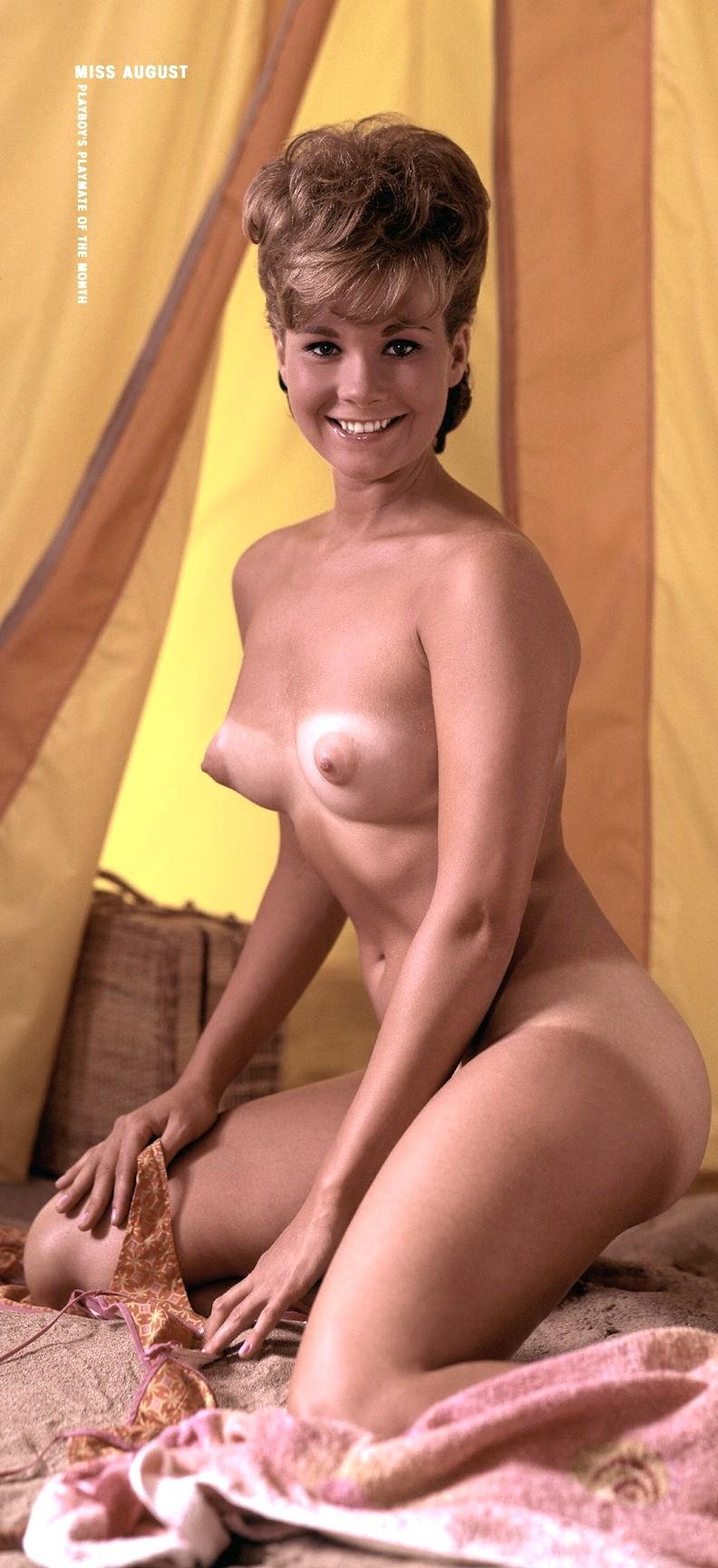 Фото женщин 60 лет голые 24 фотография