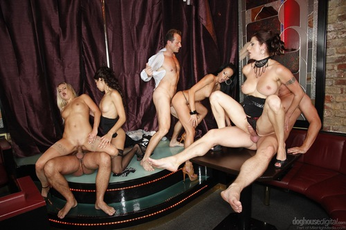Free femdom strapon lesbian pictures