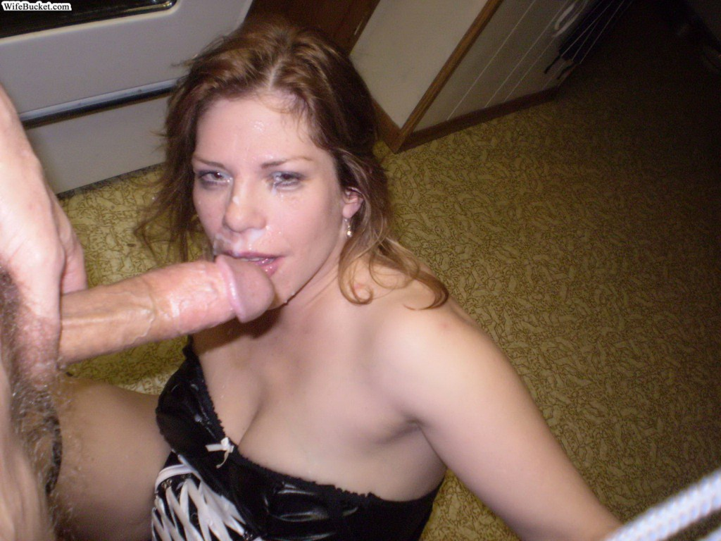 Amateur Young Wife Threesome