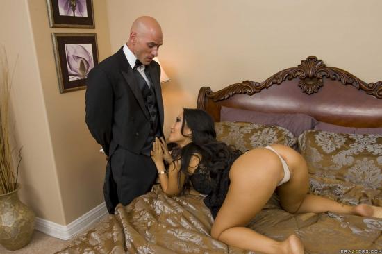 asa akira the butler serves