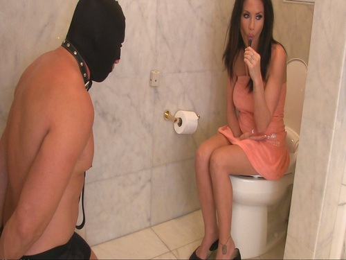 Toilet Slave For Goddess Randi Female Domination