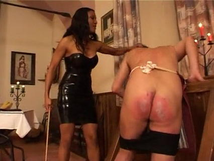Feding Of The Waiter Female Domination