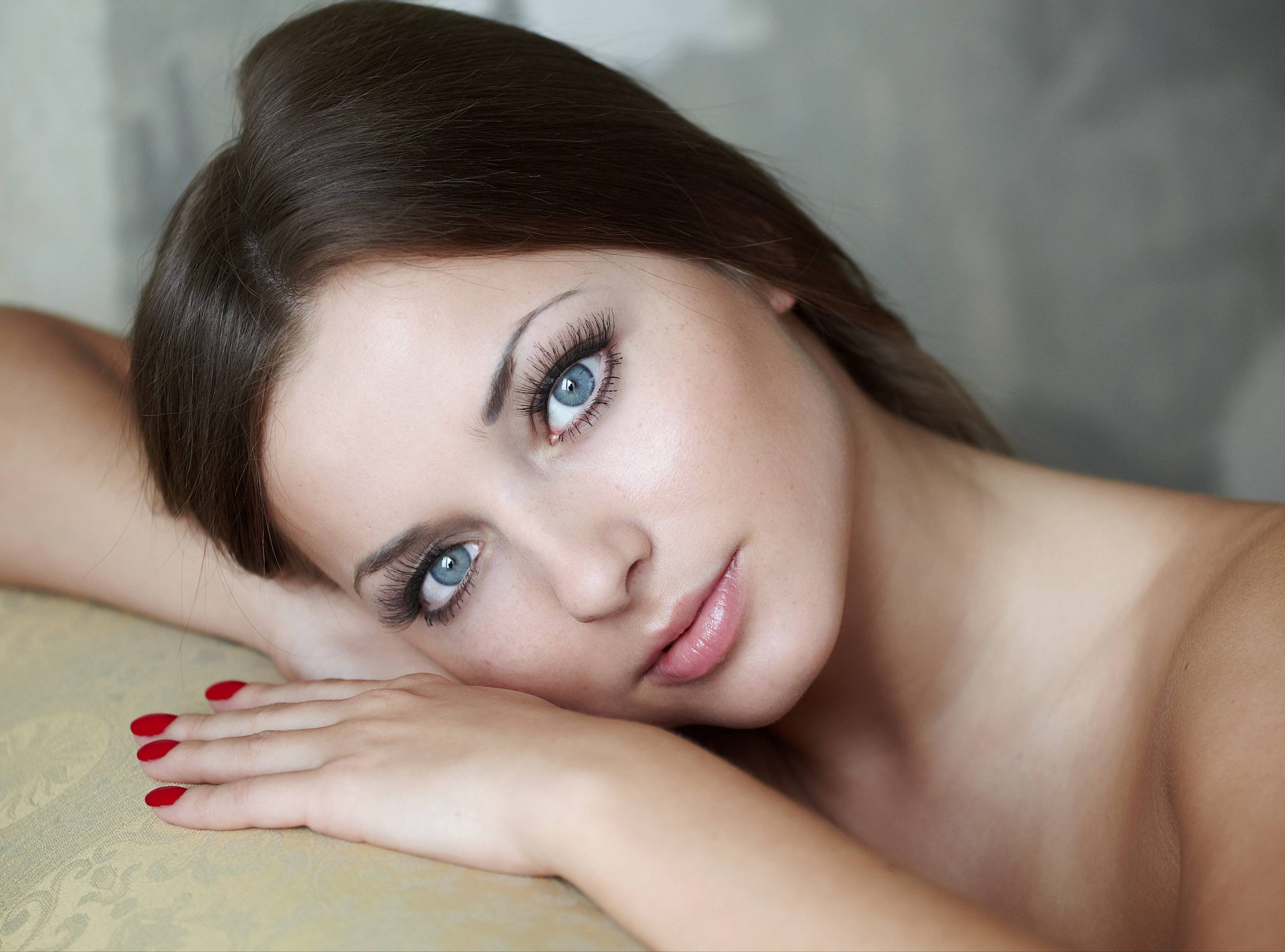 Фото девушки с красивыми глазами брюнетка 18 фотография