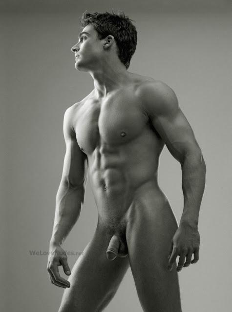 фото голого мужчины в полный рост