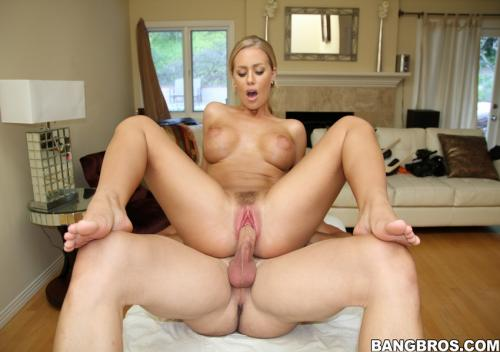 Nicole Aniston - Massage With A Smile
