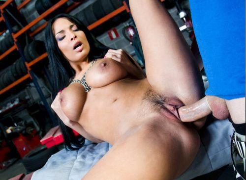 Anissa Kate - Pussy Banging At The Tire-Shop For The Birthday Boy