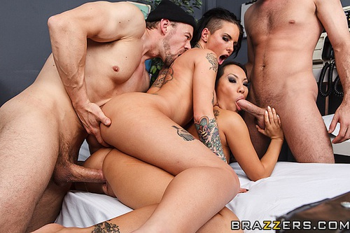 christy mack gang bang