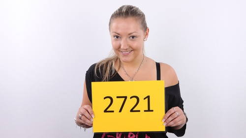 HD Czech Casting Petra 2721