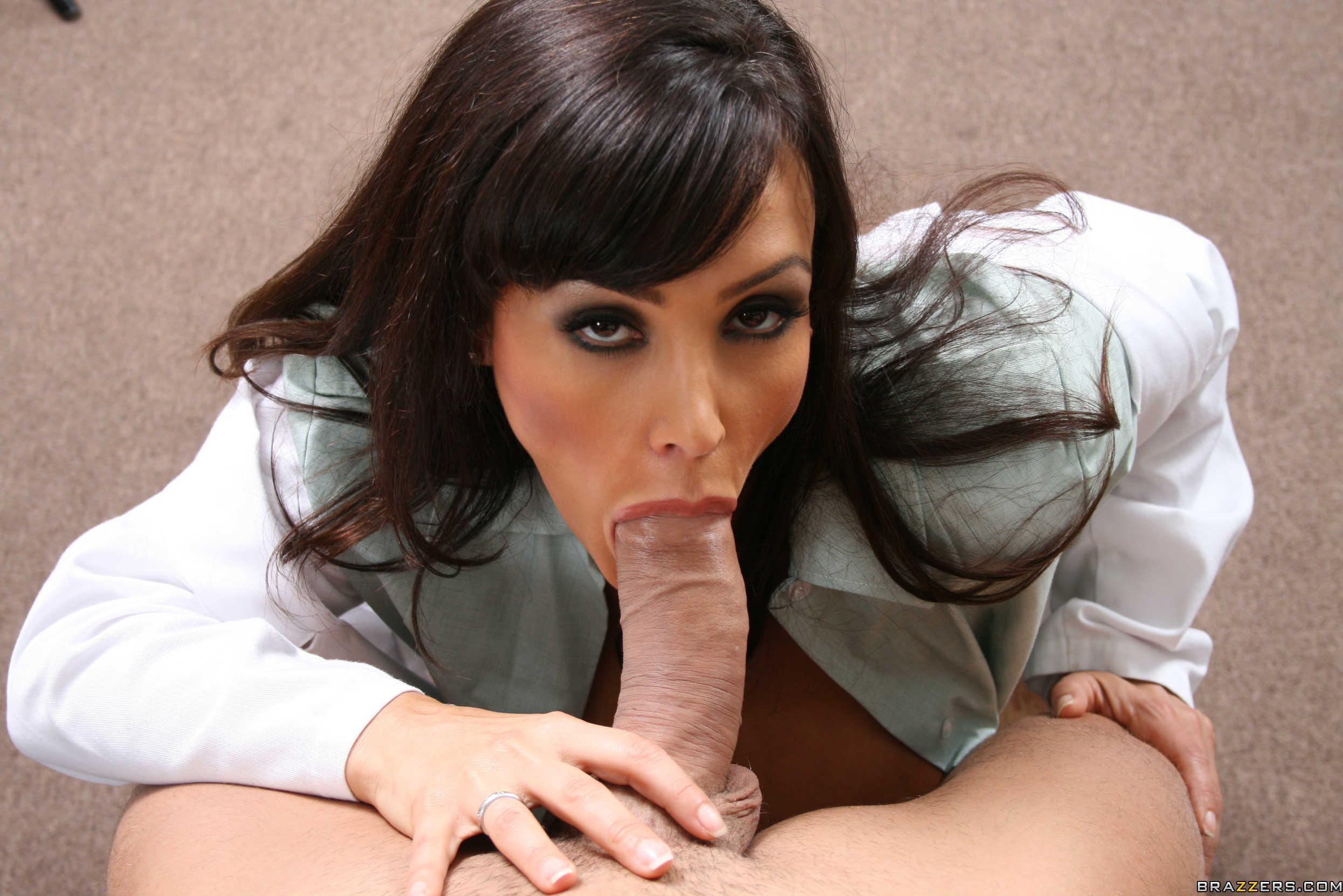Throated sexy milf lisa ann039s extreme facefuck 3