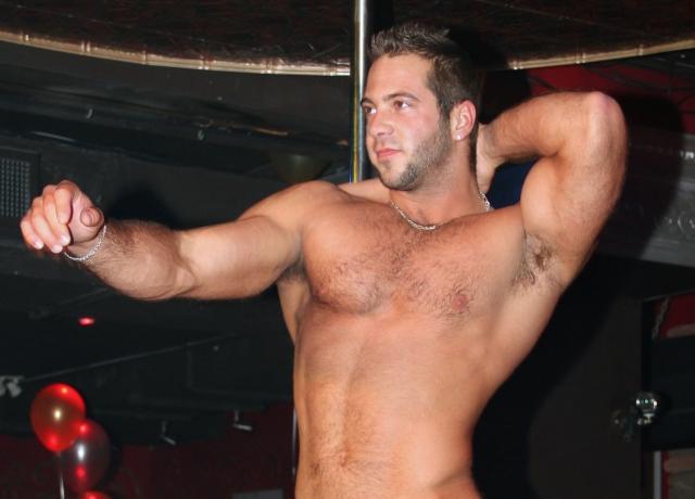 idol Gay stripper american