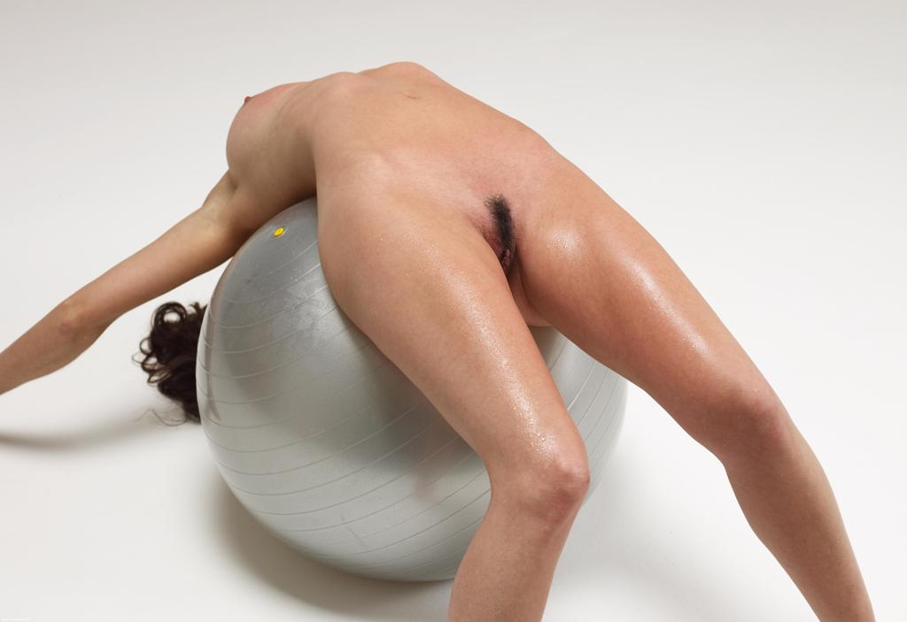 секс позы на шаре