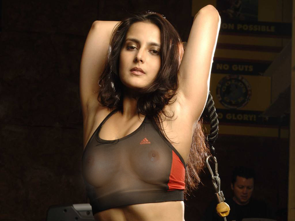 Tulip Joshi Nude Photos 77