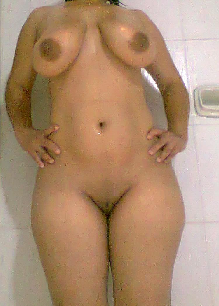 Fetiche desnudo masculino para mujeres