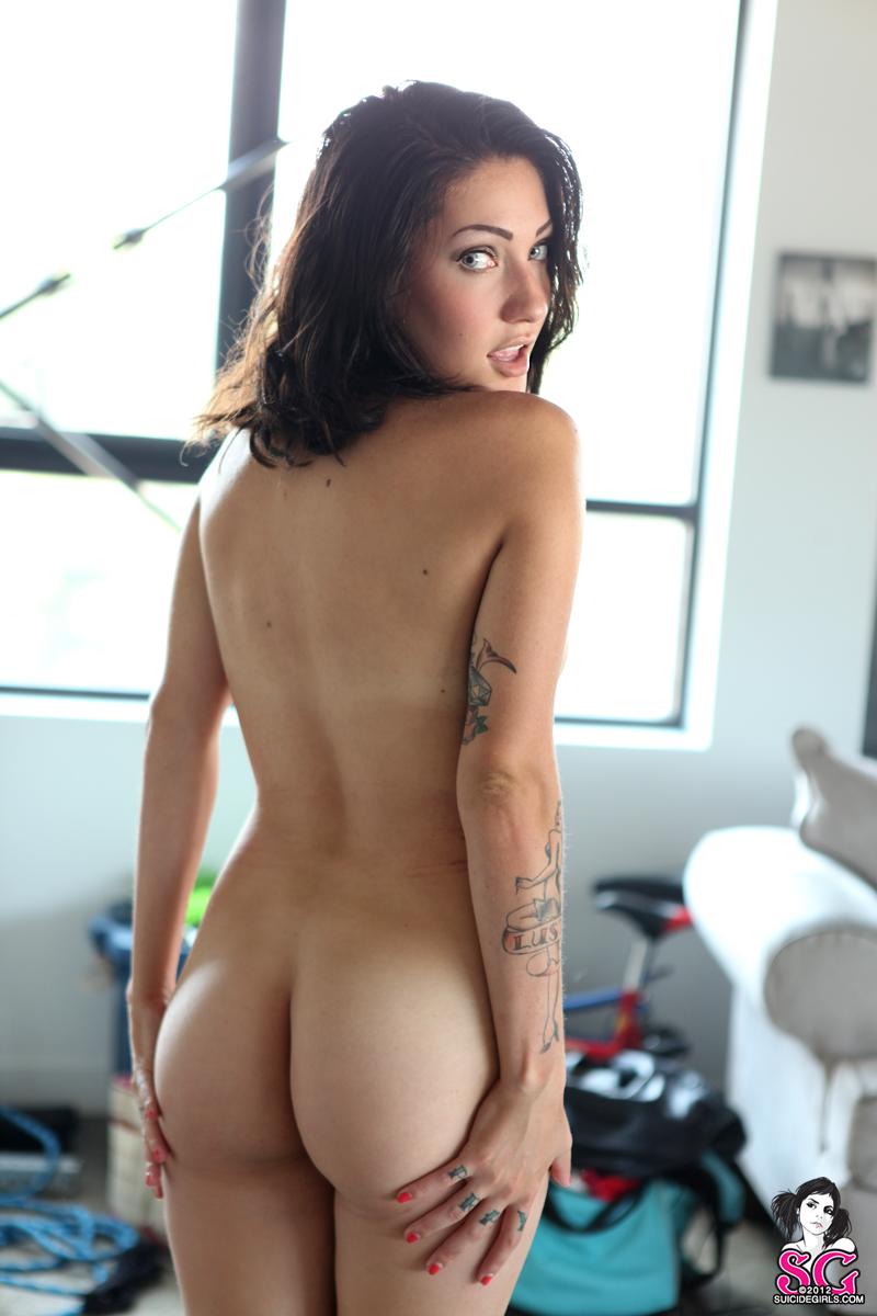 Clickher book nude