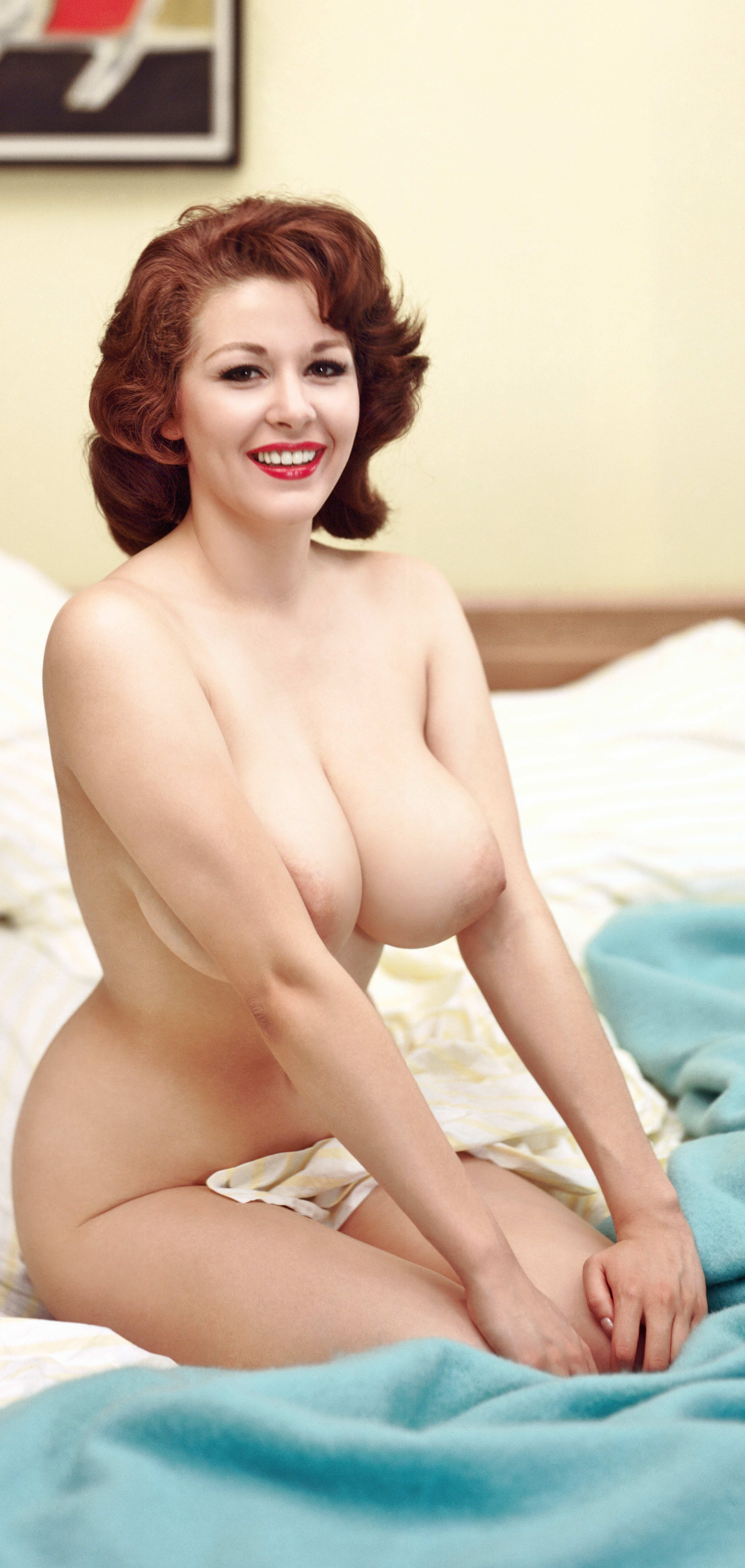 Ruth reynolds naked pics