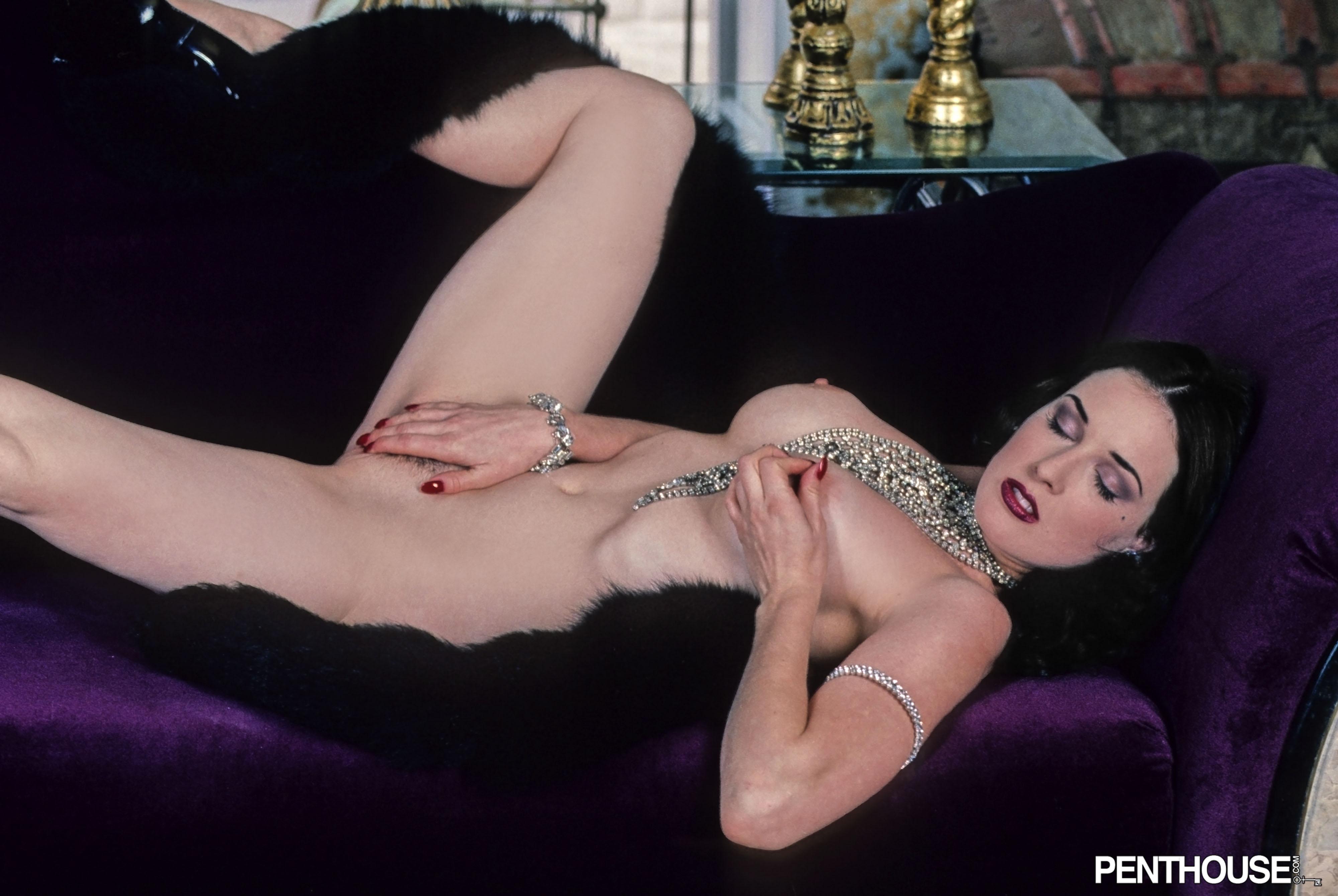 Dita Von Tease Nude Picture Galleries