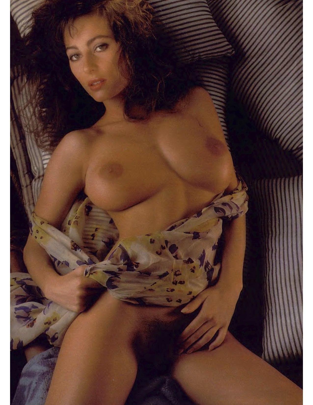 Shannon Long Nude