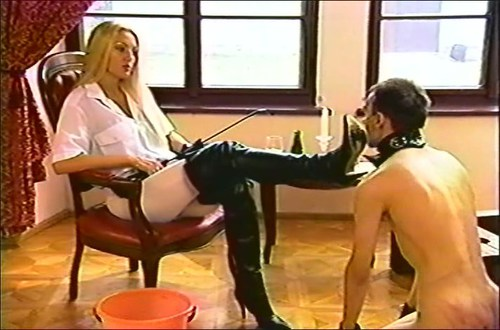 Clean And Eat Slave Femdom