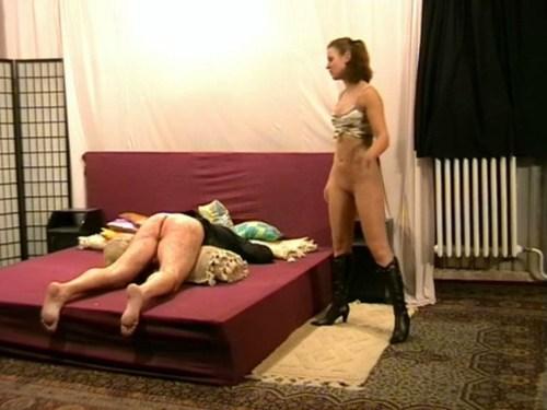 Naked Mistress Femdom