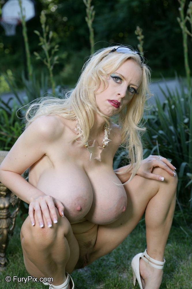 Big Tits Alena Snow