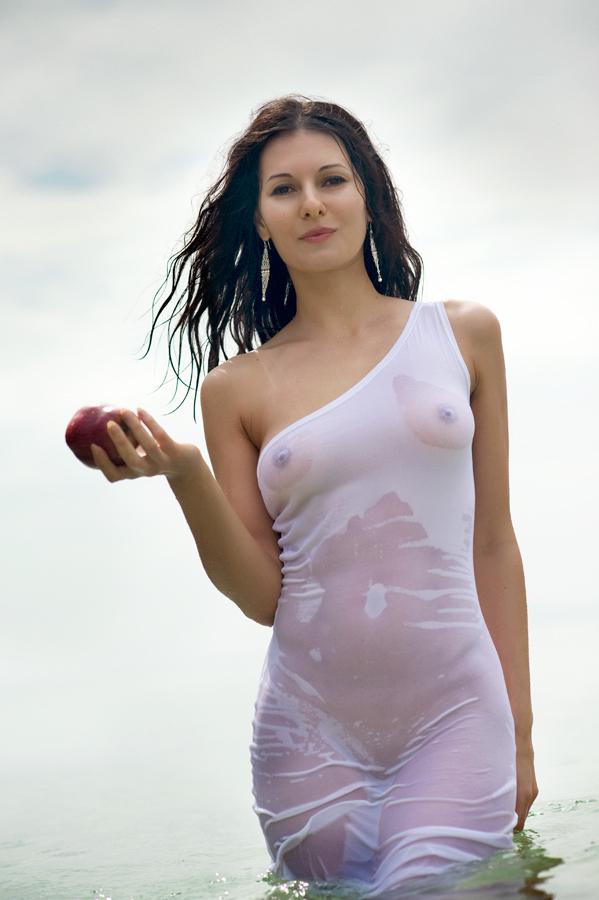 Wet tee shirt sex